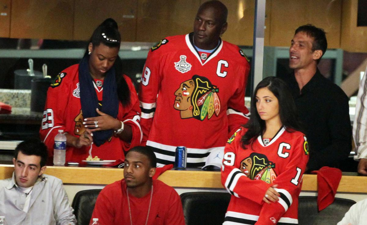 Michael Jordan and Chris Chelios attends game 5 of the National Hockey League Stanley Cup finals at United Center on June 6, 2010 in Chicago, Illinois. (Photo by Tasos Katopodis/Getty Images for NHL)