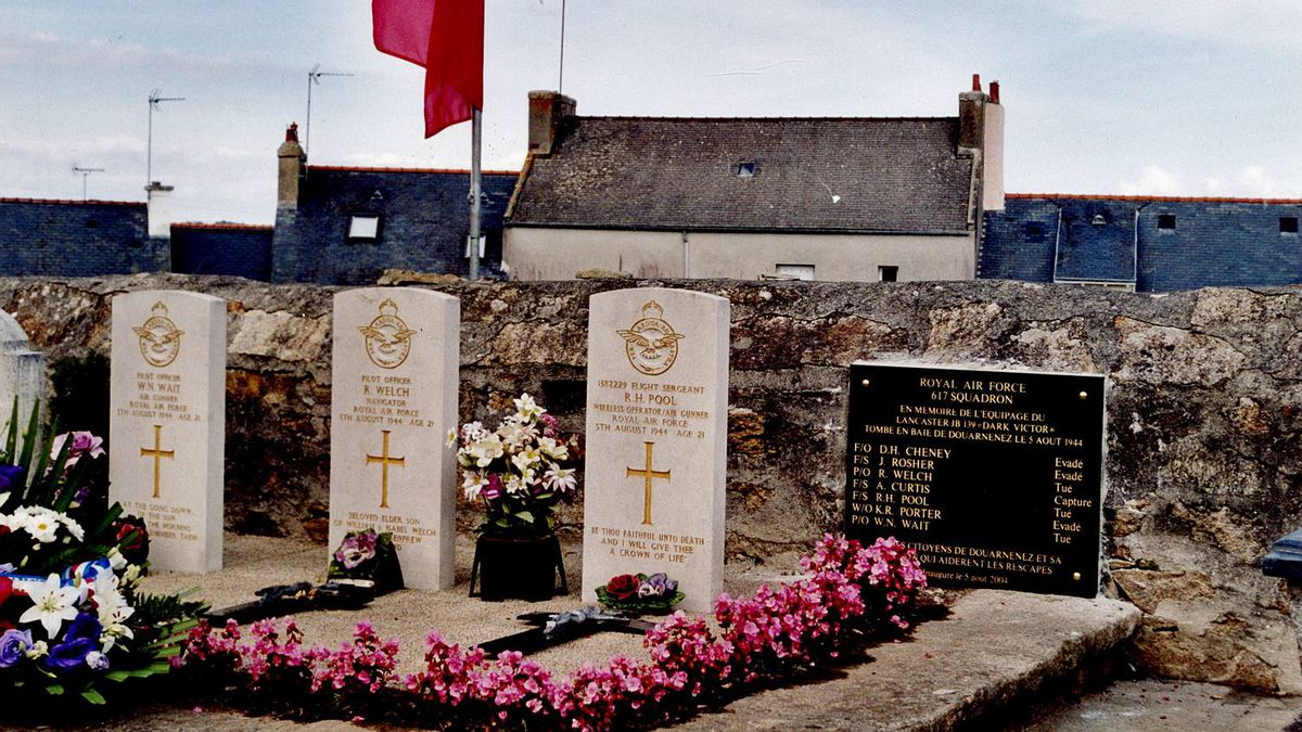 RCAF Flying Officer Don Cheney Memorial plaque and graves of three of Cheney's crew at Cemetery of Ploare, Finistere, France