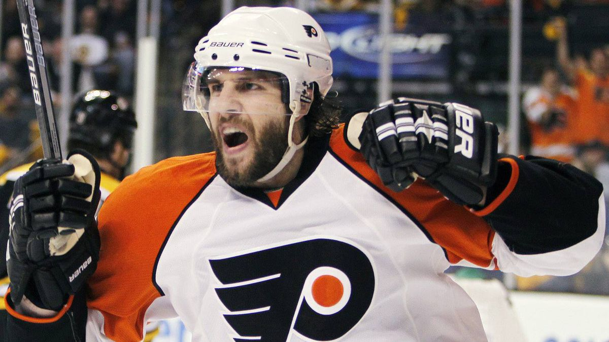 Philadelphia Flyers' Simon Gagne celebrates his go-ahead goal in the third period of Game 7 of a second-round NHL playoff hockey series against the Boston Bruins, Friday, May 14, 2010, in Boston. The Flyers won 4-3. (AP Photo/Michael Dwyer)
