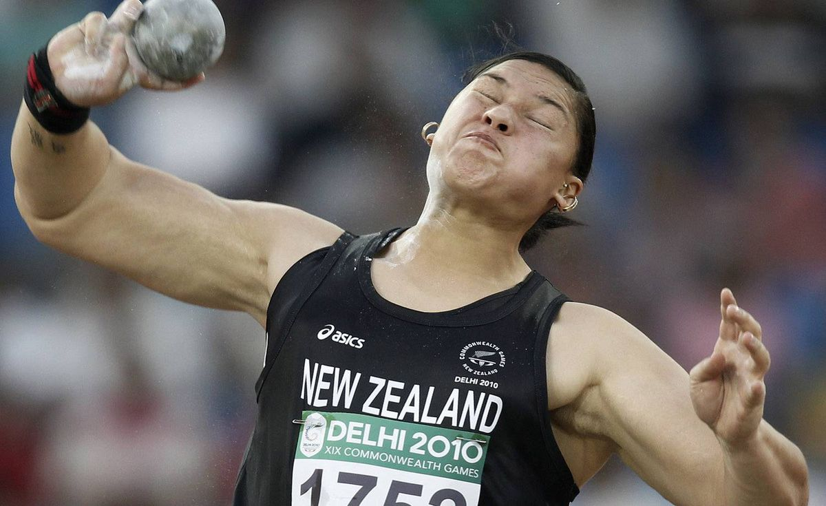 New Zealand's Valerie Adams competes on her way to win the gold in the women's shot put final event during the Commonwealth Games in New Delhi October 9, 2010. REUTERS/Adnan Abidi