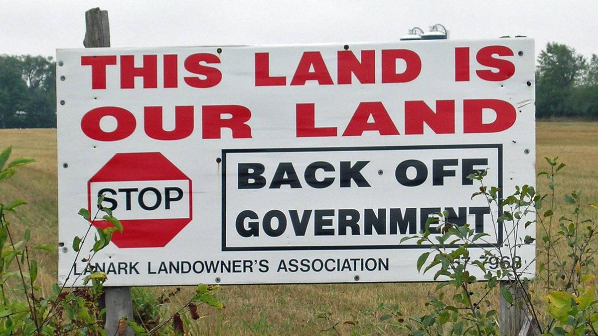 A Lanark Landowner's Association sign sits on Randy Hillier's farm near Perth, Ont., on Oct. 10, 2007, before he won a seat for the provincial Progressive Conservatives.