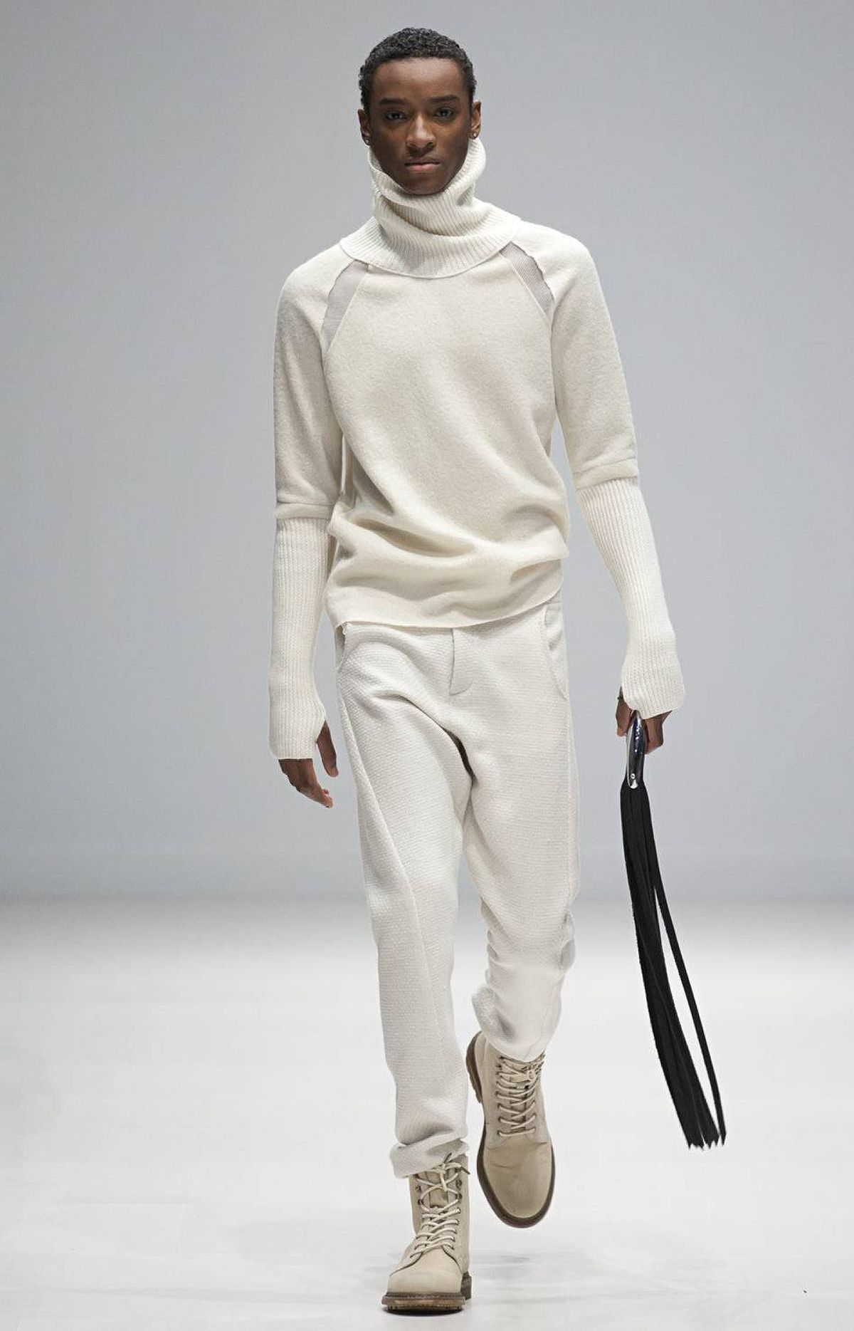 Playing with textures beyond soft cotton and jersey and new shapes proved a smart move for the duo. Knits were joined by boiled and square-woven wools, most notably in form of trousers draped like sweat pants.