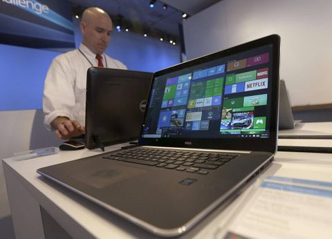 Windows 10 gets muted launch as Microsoft pins hopes on cloud services