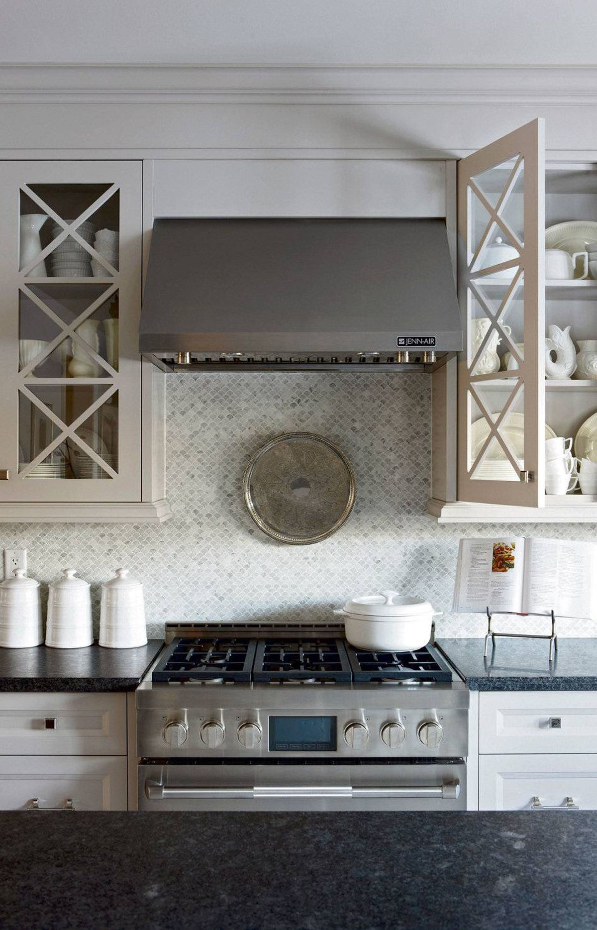 HIGH QUALITY APPLIANCES When it comes to selecting appliances, get the best you can afford, especially in terms of stoves. By channelling your inner chef, you may soon find that your favourite restaurant doesn't require a reservation.