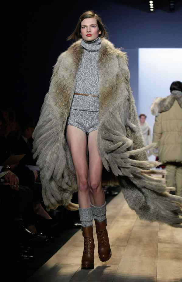 Such sexy coziness—cashmere knickers and a coyote fringed blanket—is akin to using puppies or babies in a commercial: crowd-pleasing bait (that is, when the crowd is of a certain jet-set ilk).