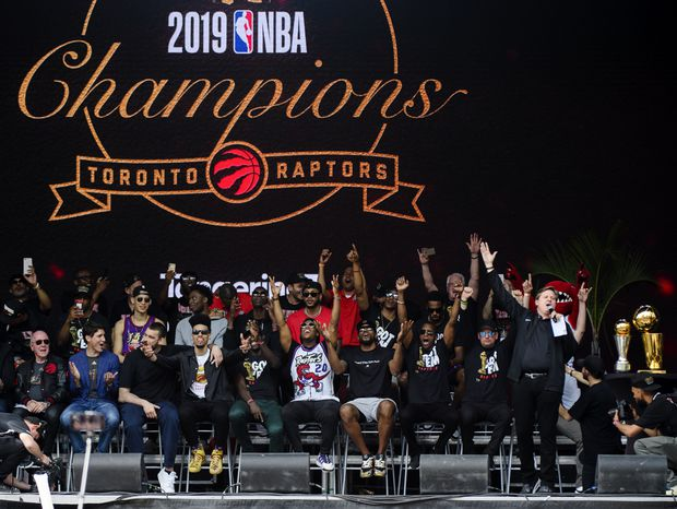 Raptors broadcaster Matt Devlin credited with keeping parade crowd calm after shooting