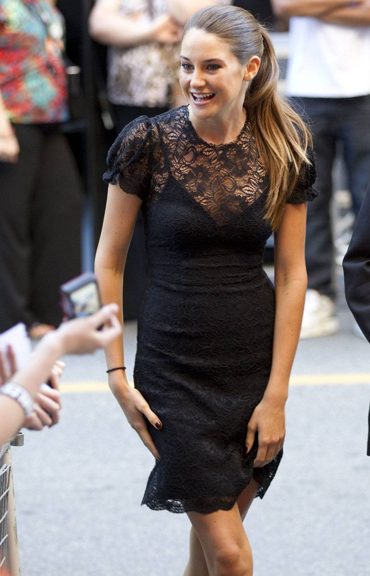 "Shailene Woodley greets fans as she arrives for the premiere of the film ""The Descendants"" at the Toronto International Film Festival in Toronto on Saturday Sept. 10, 2011."
