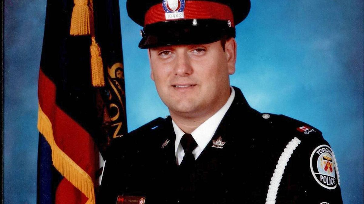 Off-duty officer Constable Ricardo Torchia, from 23 division in north Etobicoke, died in a motorcycle crash Tuesday.