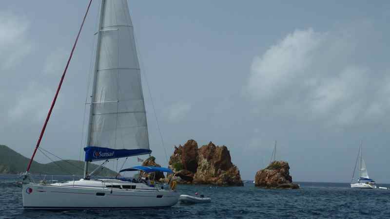 Sailing amongst The Dogs, one of the British Virgin Islands diving and snorkelling hot spots.