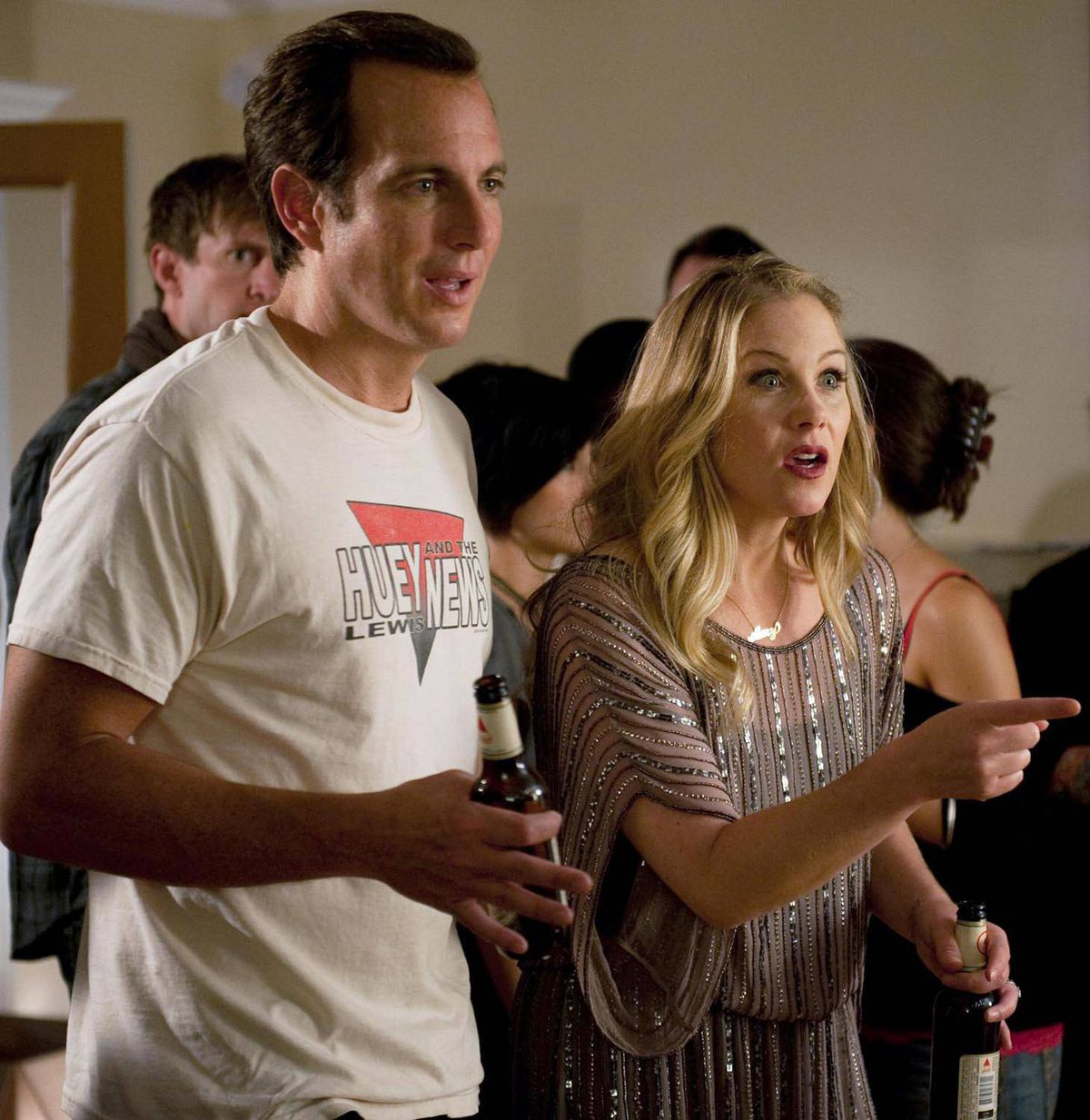 COMEDY Up All Night CTV, 8:30 p.m.; NBC, 9:30 p.m. ET/PT Love or something like it is in the air in tonight's edition of this popular rookie sitcom. New parents Reagan (Christina Applegate) and Chris (Will Arnett) are actually jealous when their friends Ava (Maya Rudolph) and Kevin (Jason Lee) have a huge fight on Valentine's Day. The only solution: Create a little drama to put their own relationship to the test.