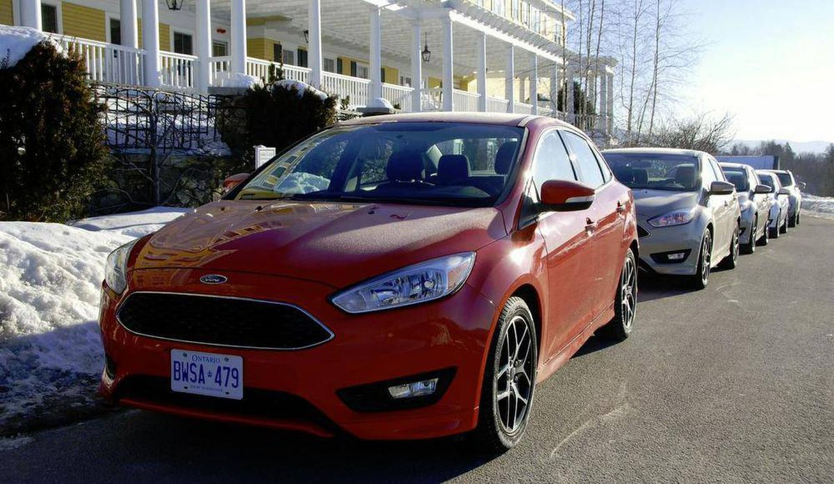 In Photos 2015 Ford Focus Se Ecoboost The Globe And Mail Sedan Mark Hacking