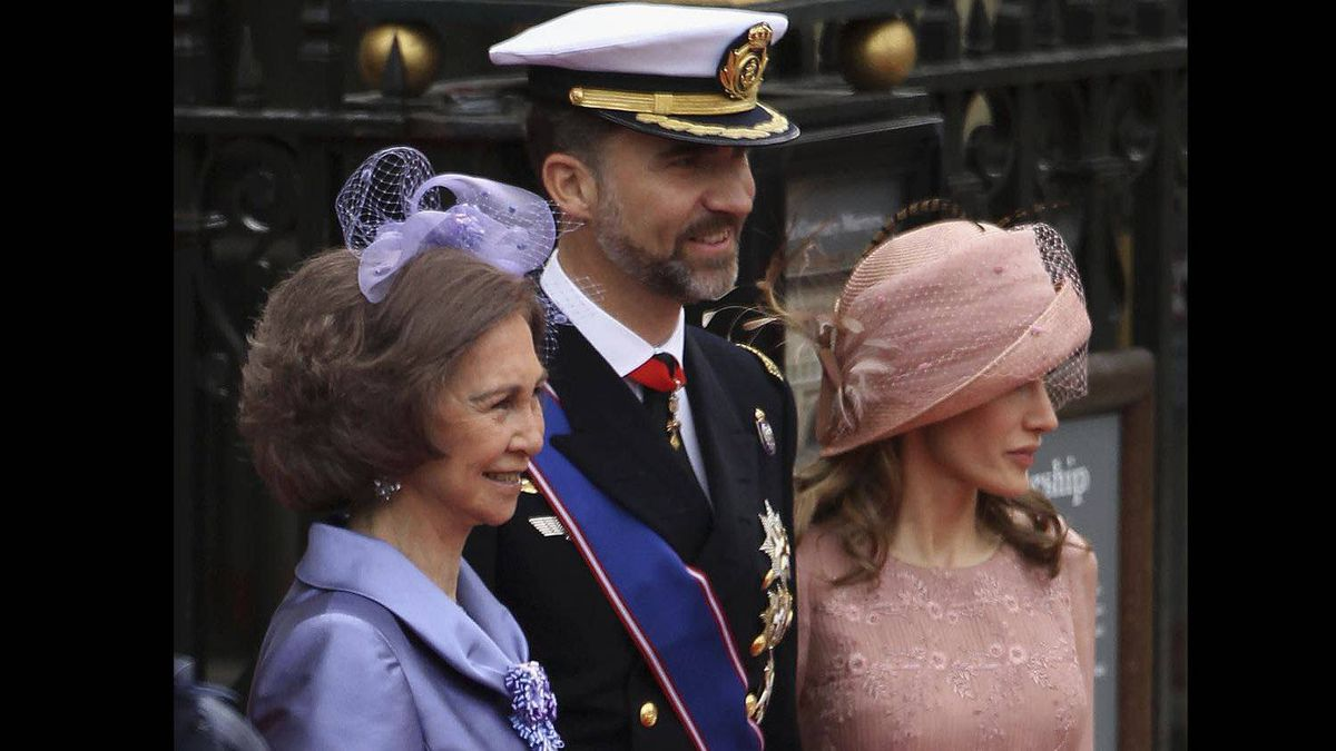 Queen Sofia of Spain, Prince Felipe of Spain and Princess Letizia of Spain arrive to attend the Royal Wedding of Prince William to Catherine Middleton at Westminster Abbey on April 29, 2011 in London, England.