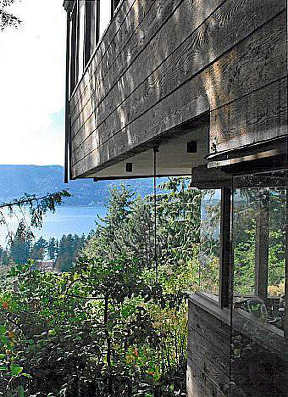 The Case house, designed by west coast architect Ron Thom in West Vancouver in 1965.