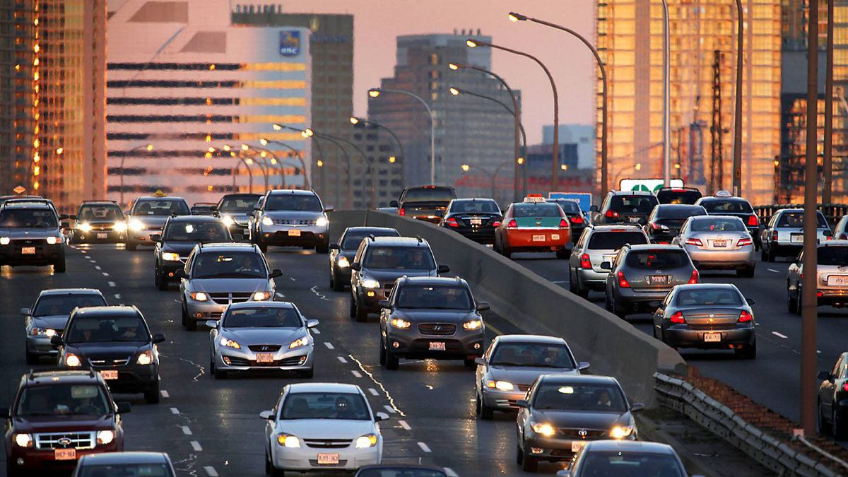 Rush hour traffic heading west on the Gardiner Expressway in Toronto.