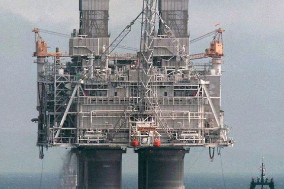 Hibernia resumes offshore drilling project after oil spills