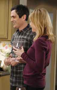COMEDY Modern Family ABC, CITY-TV, 9 p.m. ET/PT It's a testament to this show's heat that A-list names are lining up for a guest role. Previous guest stars have included the likes of Matt Dillon, Nathan Lane, Edward Norton and Shelley Long. In tonight's new episode, Oscar nominee Greg Kinnear makes a one-shot appearance as Tad, the slick new real-estate salesman who has his partner Phil (Ty Burrell) running in circles. At the same time, Jay (Ed O'Neill) and Gloria (Sofia Vergara) immediately regret their sleepover invite to Mitchell (Jesse Tyler Ferguson) and Cameron (Eric Stonestreet) while their house is being fumigated.