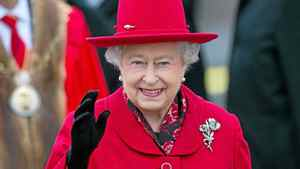 Queen Elizabeth waves as she attends the official re-opening of the Cutty Sark in Greenwich, London April 25, 2012.