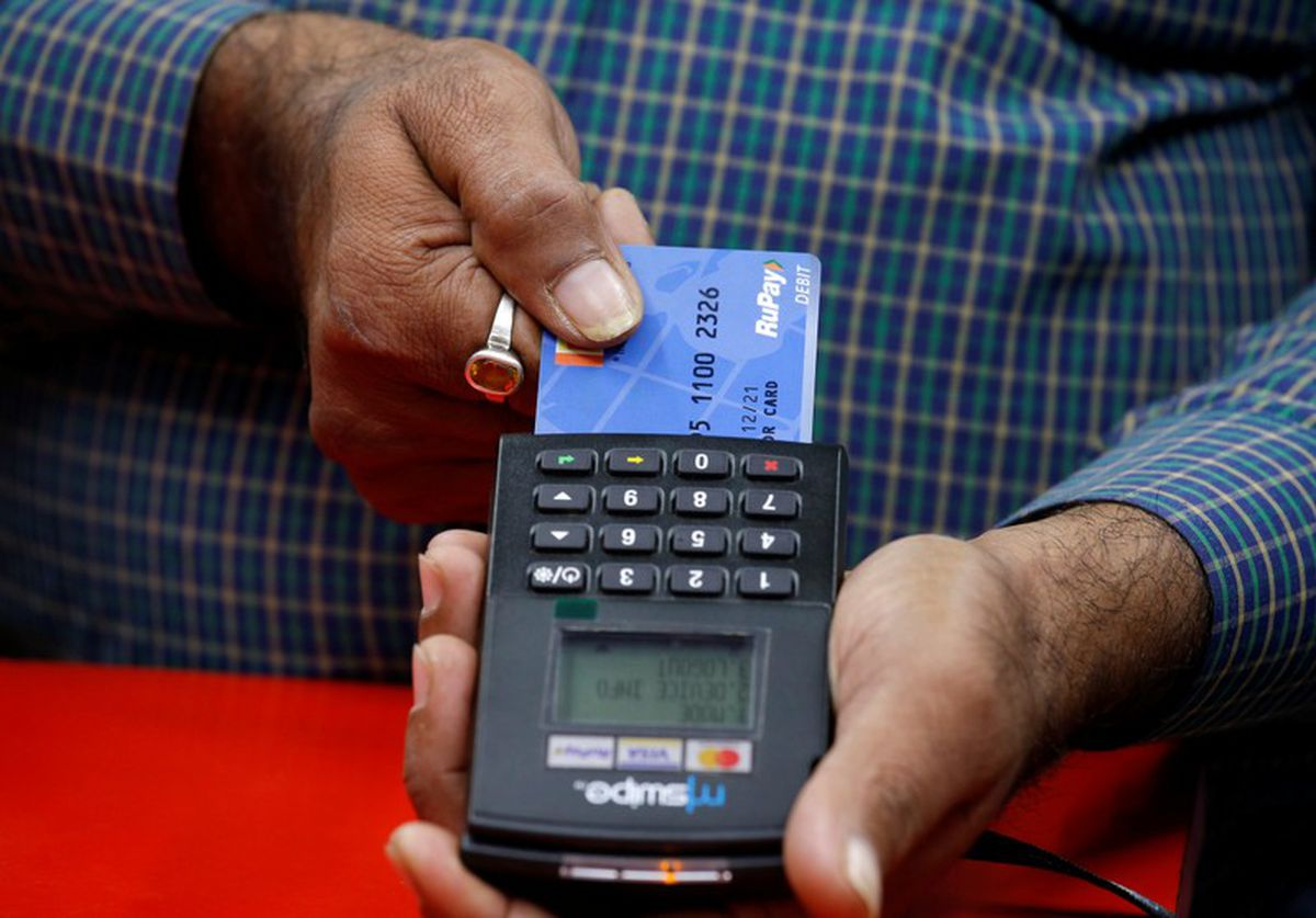 Going cashless: How far will Canadians go in parting with