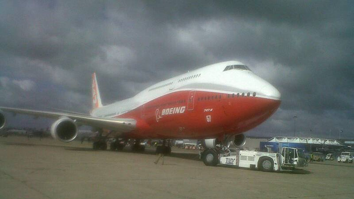 Boeing's new 747-8 making its debut Sunday, June 19 at Paris Air Show.