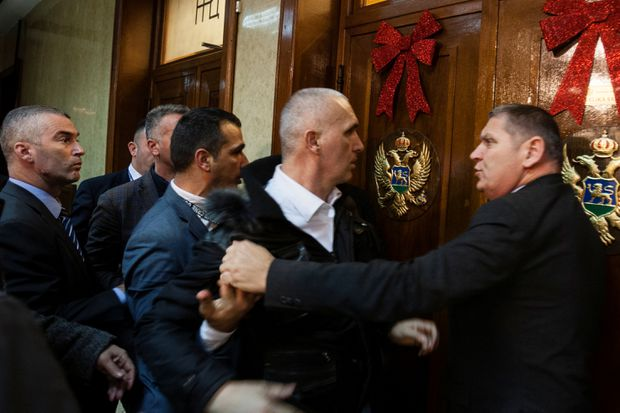 Pro-Serbs rally in Montenegro against religious law