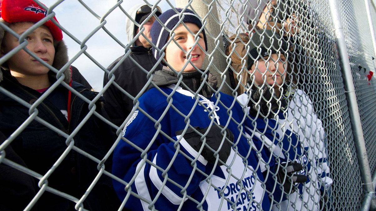 Fans take in the action as the Toronto Maple Leafs held an outdoor practice at Sunnydale Acres Rink in Toronto.