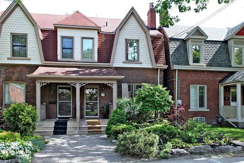 After 100 visits, three offers for Riverdale home