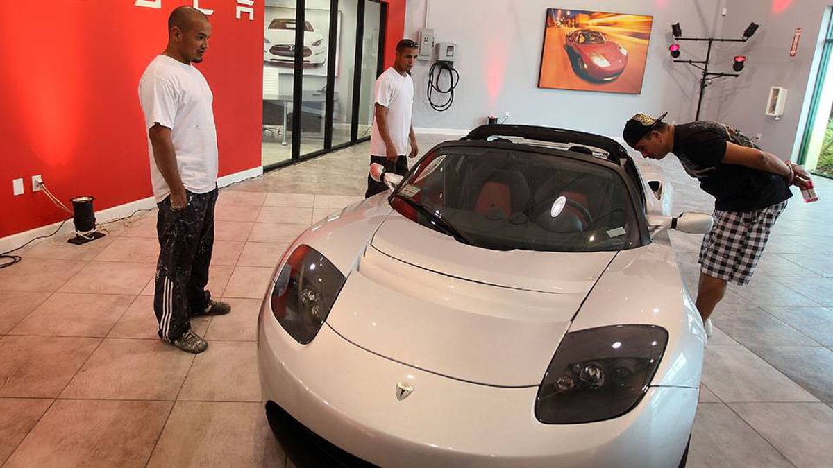 A Roadster Sport on the floor of the Tesla Motors first South Florida showroom, on December 17, 2009 in Dania Beach, Fla.