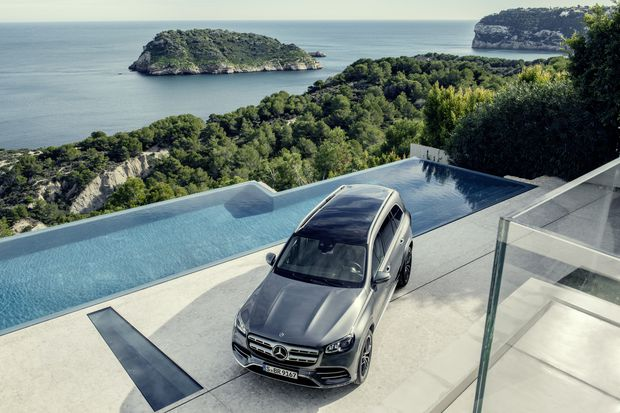 The Rise Of The Deluxe Three Row Suv The Globe And Mail