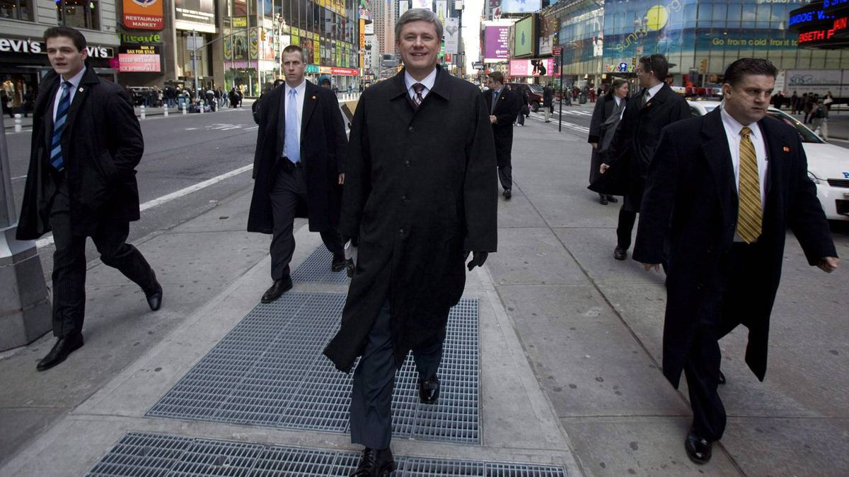Stephen Harper tours Times Square following a media interview in New York City Monday Feb. 23, 2009.