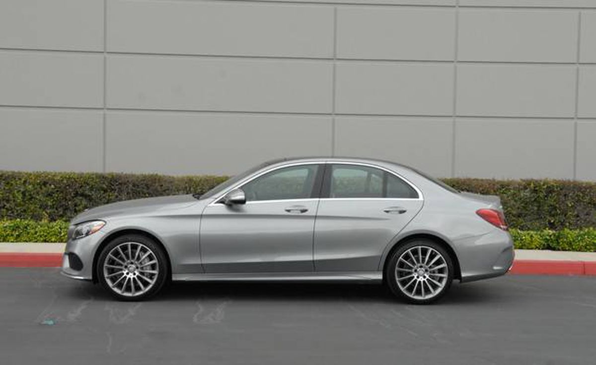 In photos 2015 mercedes benz c 300 inside and out the for 2015 mercedes benz c 300