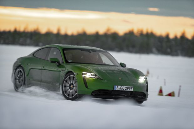 Review Porsche S Taycan 4s Is An Electric Sports Car Well Suited To The Most Wicked Weather Whims The Globe And Mail