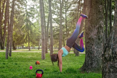 If 'six-pack city' is a desired destination, take this micro-workout on vacation