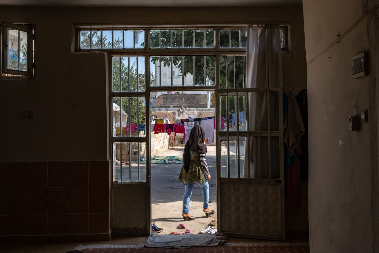 Where the Kurdish road ends: In Iraq and Turkey, The Globe retraces a people's path from hope to betrayal 32