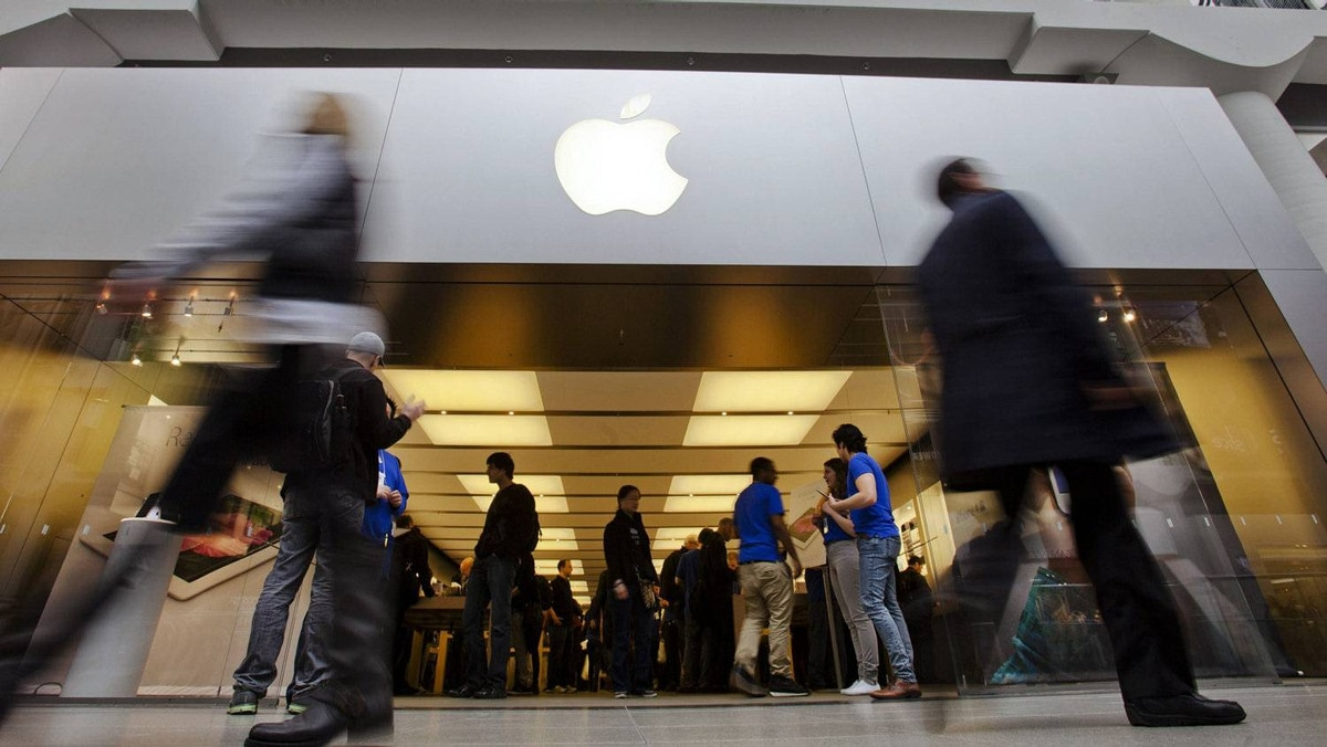 A report by Capital Economics says Apple's recent announcement of a $10-billion might spur other U.S. companies to part with some cash.