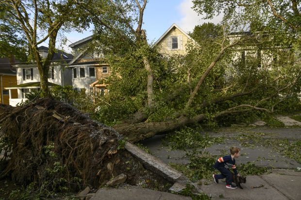 With disaster damage doubling every five to seven years, Canadian insurers brace for bad weather