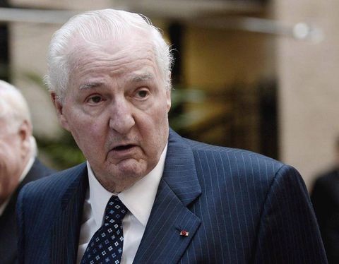 The life of Paul Desmarais: from bus operator to connected billionaire