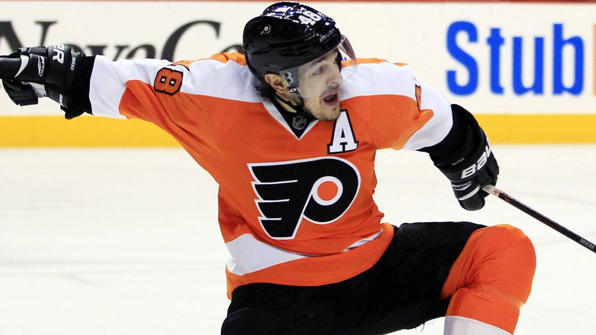 Philadelphia Flyers' Danny Briere celebrates his goal during the second period in Game 6 of an NHL hockey Stanley Cup first-round playoff series against the Pittsburgh Penguins, Sunday, April 22, 2012, in Philadelphia. The Flyers won 5-1 to advance. (AP Photo/Tom Mihalek)