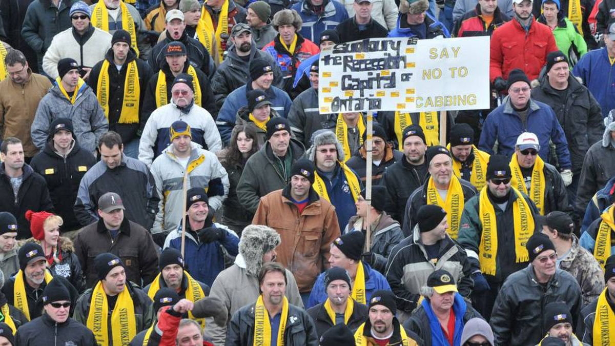 Striking workers attend a rally in Sudbury on Jan. 13, 2010