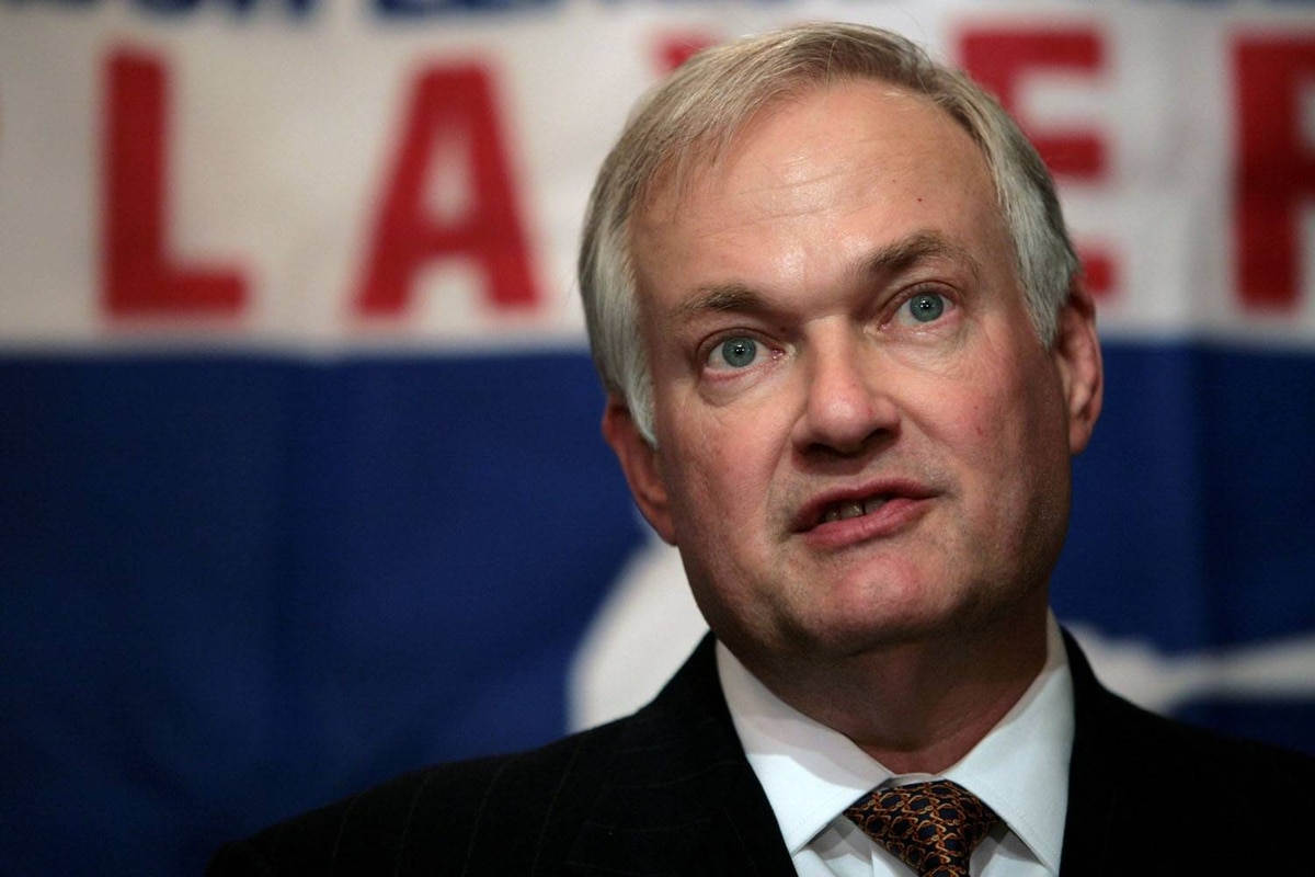The Major League Baseball Players Association has approved an $11-million (U.S.) severance package for Donald Fehr.