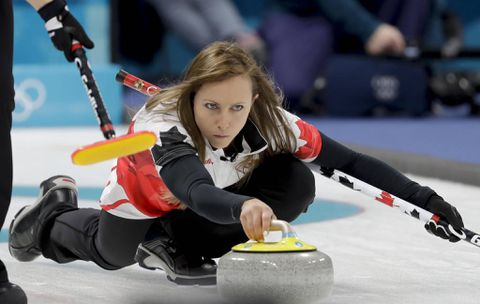 Homan wins third straight while Koe loses third in Olympic curling tournament