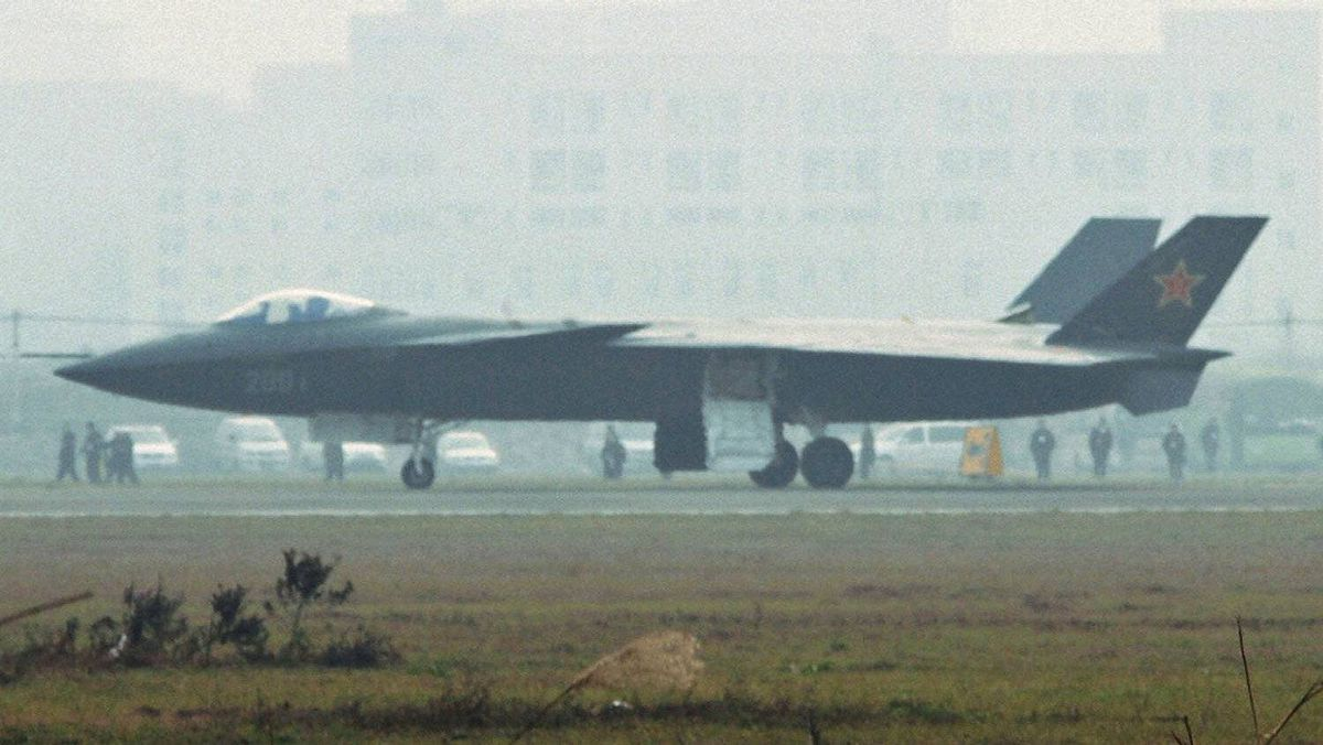 An aircraft that is reported to be a Chinese stealth fighter is seen in Chengdu, Sichuan province, in this picture taken Jan. 7, 2011.