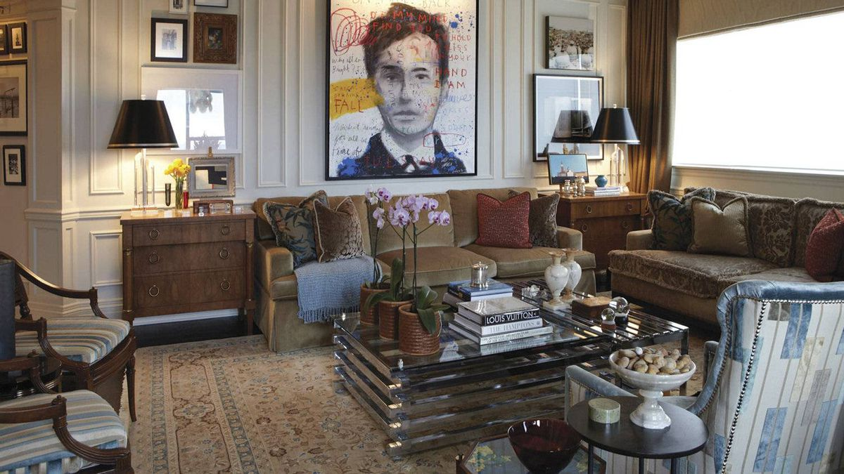 Philip Mitchell's living room