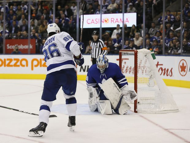 Lightning dismantle Maple Leafs in clash of division rivals