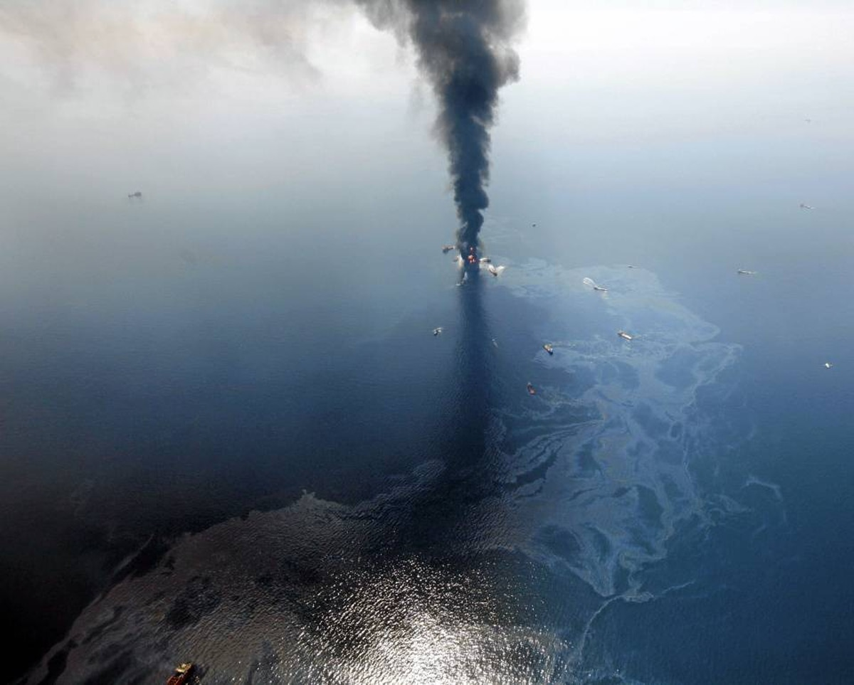 A damaged oil rig in the Gulf of Mexico burns and leaks oil on April 21, 2010.