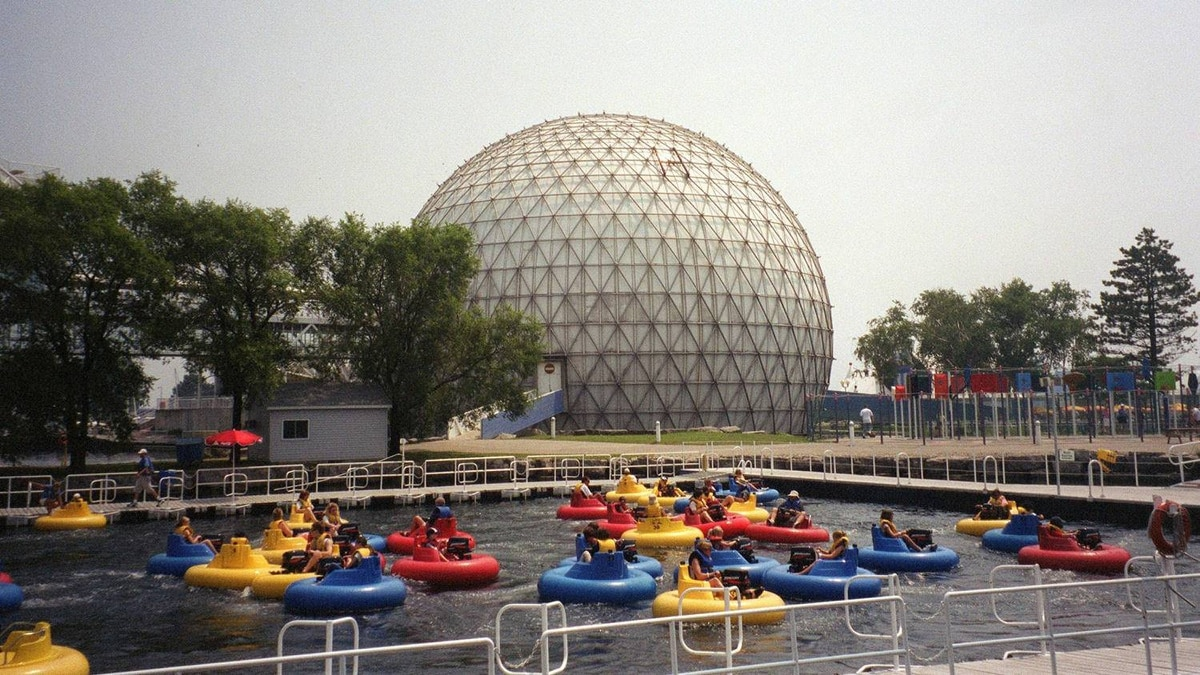 Bumper boats at Ontario Place in Toronto, August, 2004: Today's topics: the old, the young; rage and justice; Inuit and training; Ontario Place's future; political enemas ... and more
