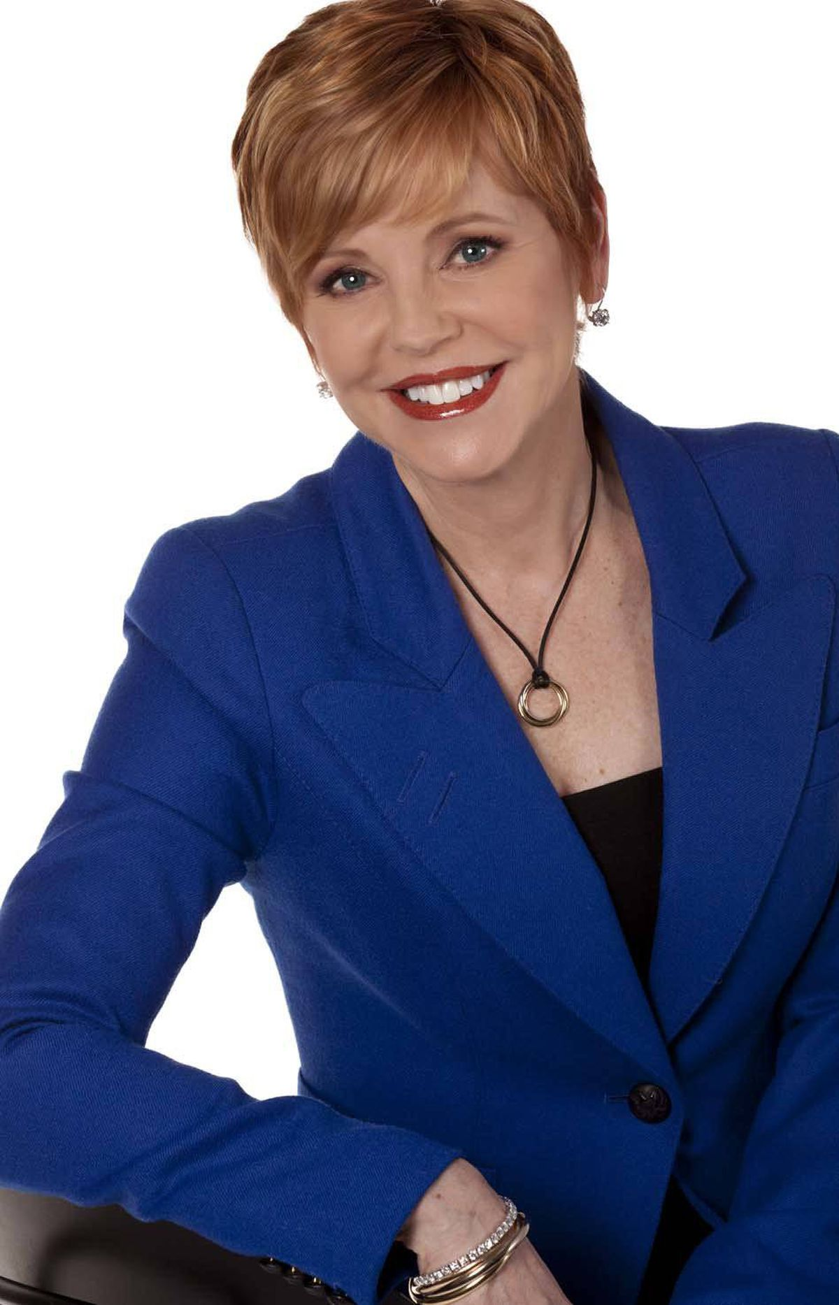 """FINANCE The Pattie Lovett-Reid Show CTV News Channel, 8 p.m. ET; 5 p.m. PT Debuting tonight, this series provides a new broadcast platform for financial guru Patricia Lovett-Reid, best known for hosting the BNN program MoneyTalk. Her goal is teach Canadians how to save money and stretch their income. Viewers are invited to call into the live broadcast to obtain personal advice from Ms. Lovett-Reid. Regular segments include Lessons Learned, which provides tips from experts, and Financial Focus, which delivers big-picture money planning. And in each episode, the host takes to the street to offer people a chance to """"Ask Pattie"""" their own money questions. Hey, is anybody else offering you free financial advice these days?"""
