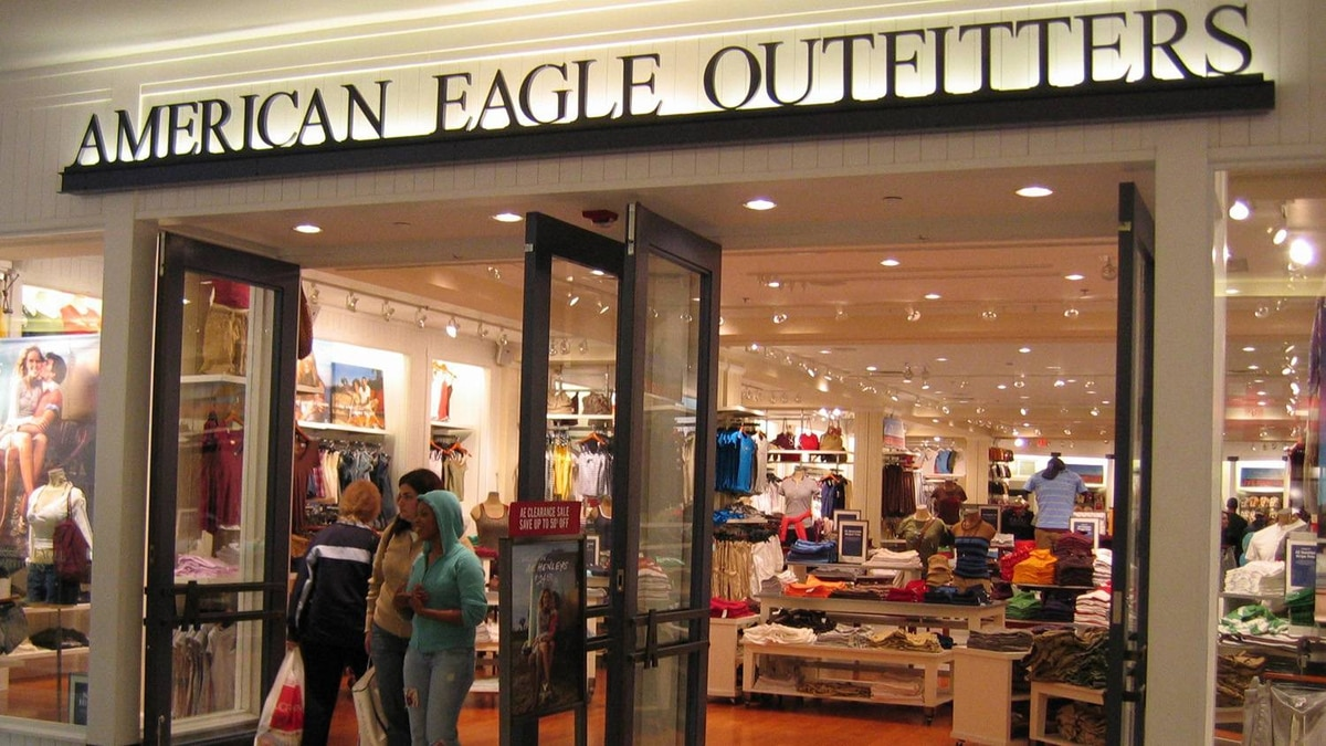 An American Eagle outlet