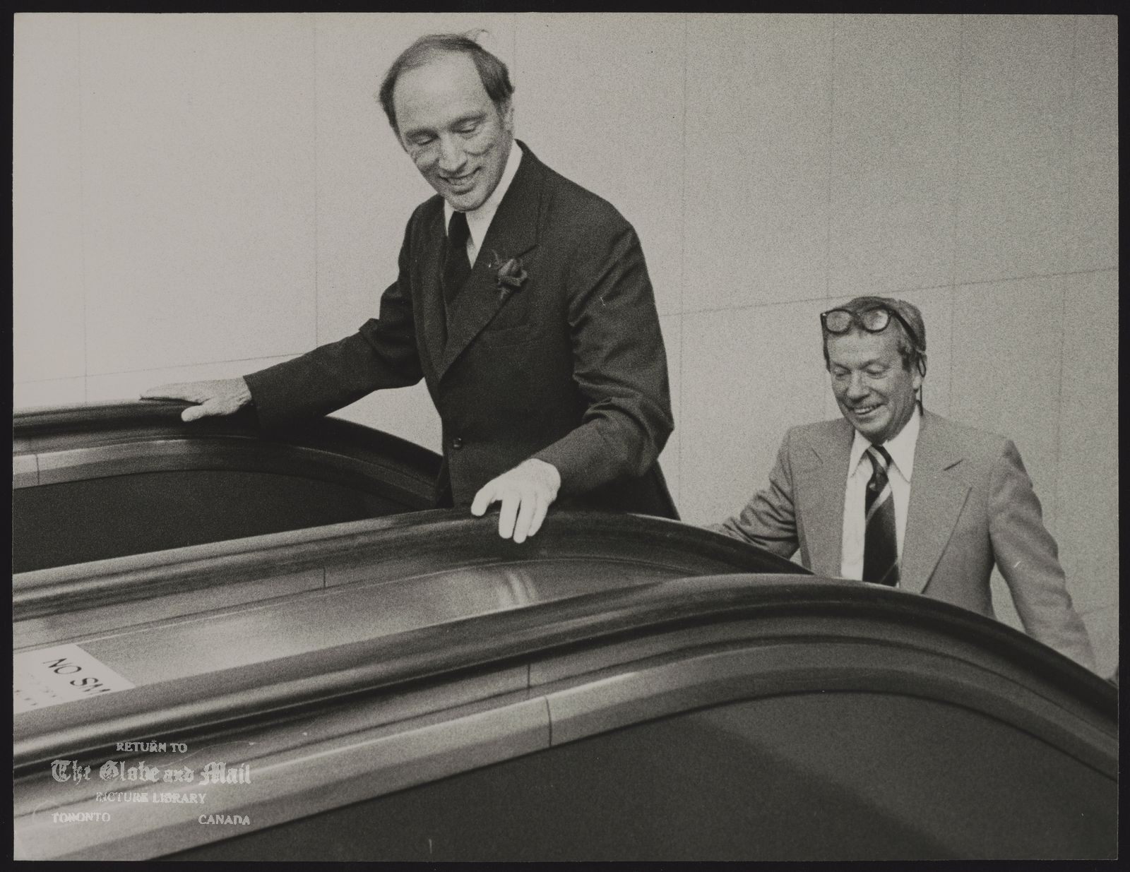Pierre TRUDEAU Ottawa. Politician With editor Richard Doyie at The Globe and Mail
