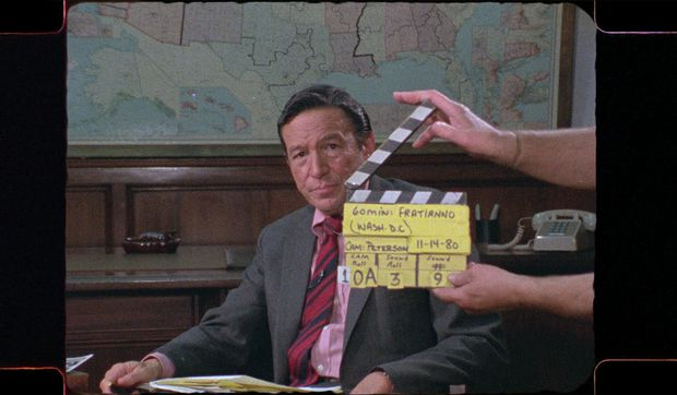 Mike Wallace Is Here interrogates the long career of a TV newsman