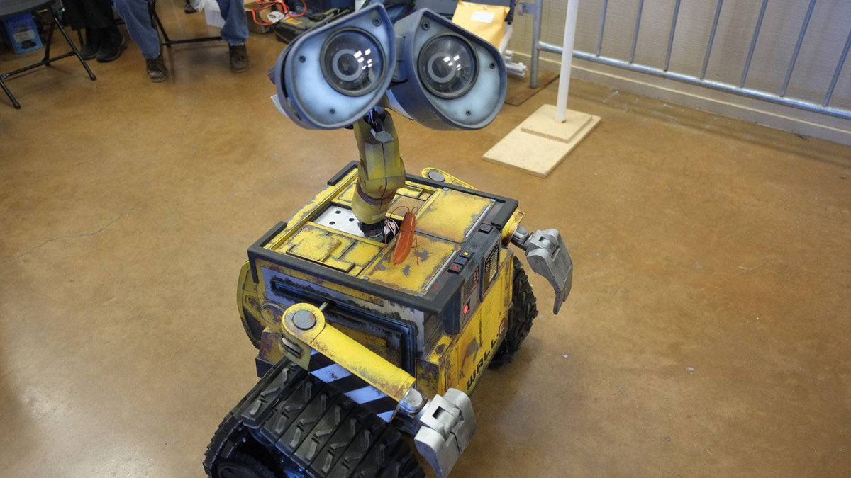 Another Bay Area group, formed in 2007 from former R2 Builders Club members, is dedicated to building replicas of the robot WALL-E from the Pixar film of the same name.